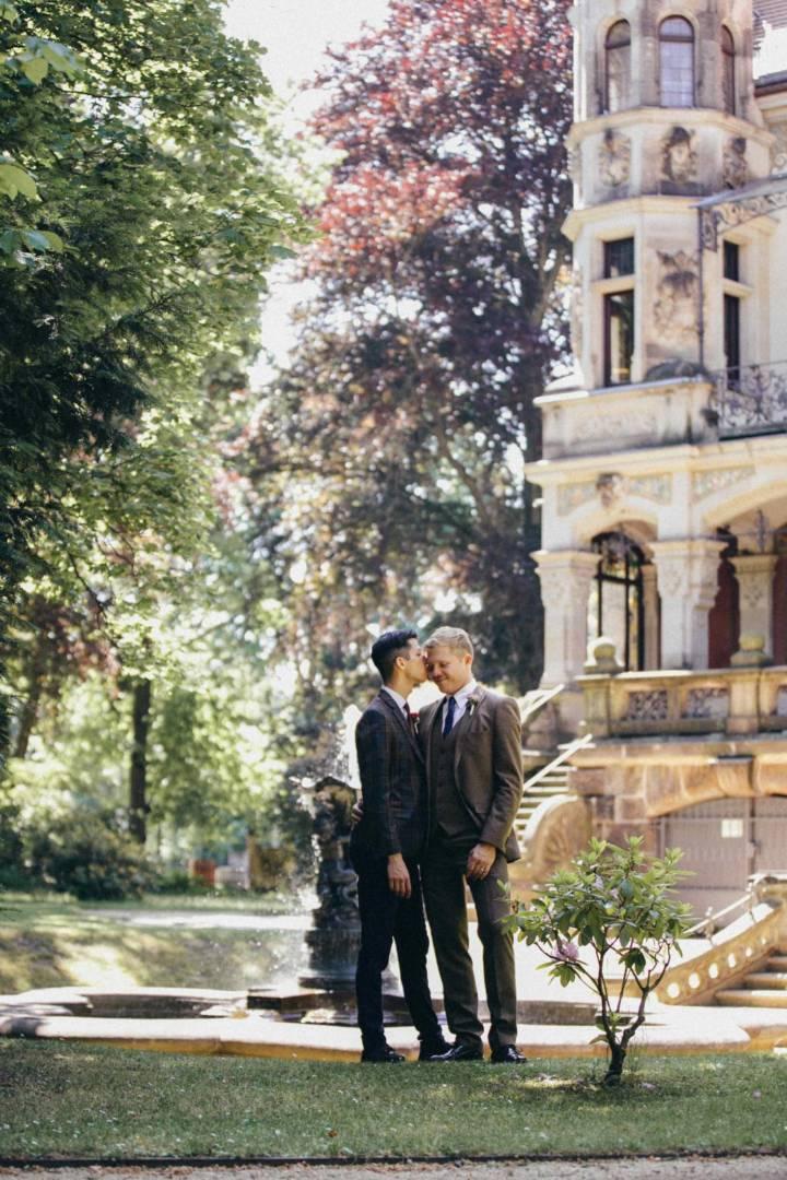 Hochzeitfotografie im Standesamt Dresden von Constantin und Sascha